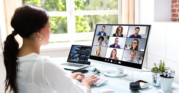 Hogyan készüljük videókonferenciához home office-ban?